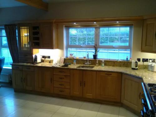 Kitchens – Bedrooms- Furniture respray service